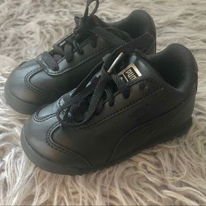 Puma sneakers toddler size 6 (black)